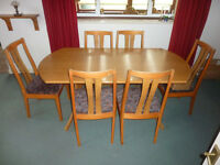 DINING TABLE AND 6 CHAIRS + FREE DELIVERY
