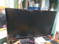 monitor lg flatron w2261vp suitable for gaming ps4 xbox or doing work.