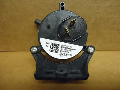 Goodman Amana B1370126 Gas Furnace Air Pressure Switch -0.40 Genuine Oem
