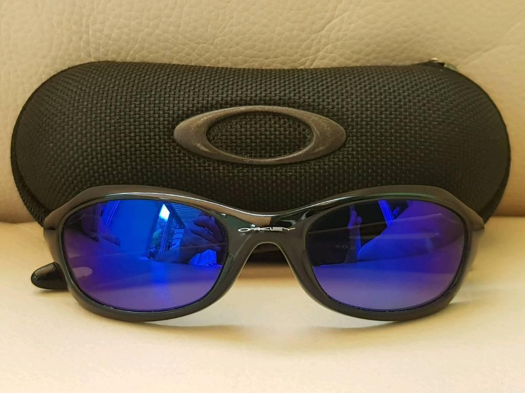 53fc7f61396 Childrens Oakley sunglasses ( Genuine )