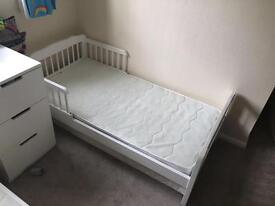 Toddlers beds x2