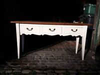 BEAUTIFUL SHABBY CHIC CONSOLE TABLE!!