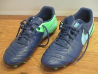 NIKE TIEMPO SIZE 8 FOOTBALL BOOTS