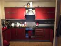 ***FANTASTIC 2 BED FLAT IN HEART OF POLLOKSHIELDS**EN-SUITE AND MASTER BATHROOM**UNFURNISHED***
