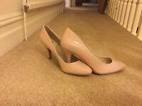 Pale pastel pink/nude colour size 7 shoes.