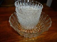 stunning set of 7piece fruit bowl with 6 matching dishes
