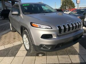 2017 Jeep Cherokee $117 WEEKLY WITH $0 DOWN & FREE SNOW TIRES!