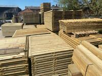 🌞 Vertical Board Straight Top Tanalised Wooden Garden Fence Panels