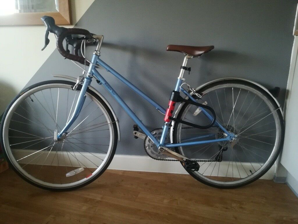 £270 ono. Bobbin Luna Ladies Racer Road Bike