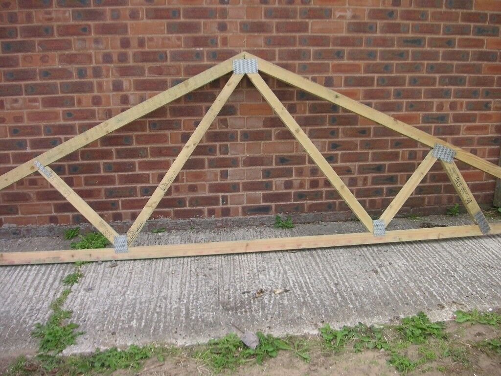 Roof Trusses Ideal For An Extension Or Garage In