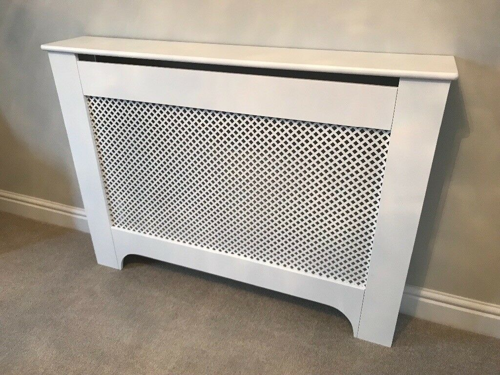 medium b q mayfair radiator cover in newport gumtree. Black Bedroom Furniture Sets. Home Design Ideas