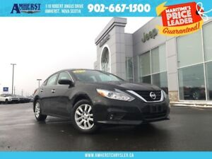 2017 Nissan Altima BLACKUP CAM, HEATED FRONT SEATS