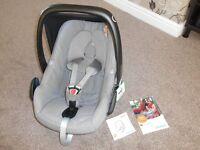 Maxi Cosi Pebble baby Car Seat 0+ Concrete grey Excellent Condition £70 ono rrp £165 sheffield