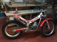 Beta Rev 3 trials bike 125cc 2007