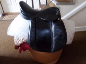 "16"" BLACK LEATHER SADDLE"