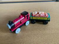 Thomas the tank engine wooden trains - rheneas and fossil car