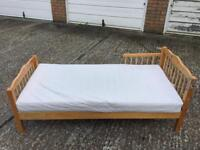 Junior single bed