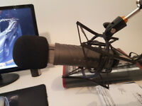 Boxed Rode Procaster Microphone w/ Shock mount and desk arm