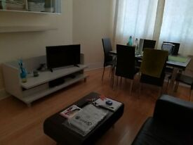 Attractive, spaceous, 1 Bedroom Flat to Rent in period property, University area