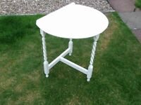 Fold up small table with candy twist legs