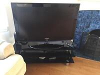 Samsung 40 inch Flat Screen TV and Stand with Glass 3 level AV unit/Table