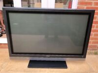 Hitachi P42H01 Plasma TV