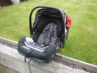 COSATTO BABY CAR SEAT/CARRIER