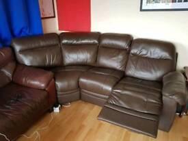 Reclining corner sofa