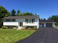 4 Bedroom House Shediac off Main St.
