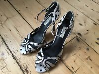LADIES DUNE STRAPPY SHOES SIZE 4