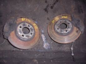 FORD FOCUS ST 170 2003 Front brakes, also have alloys