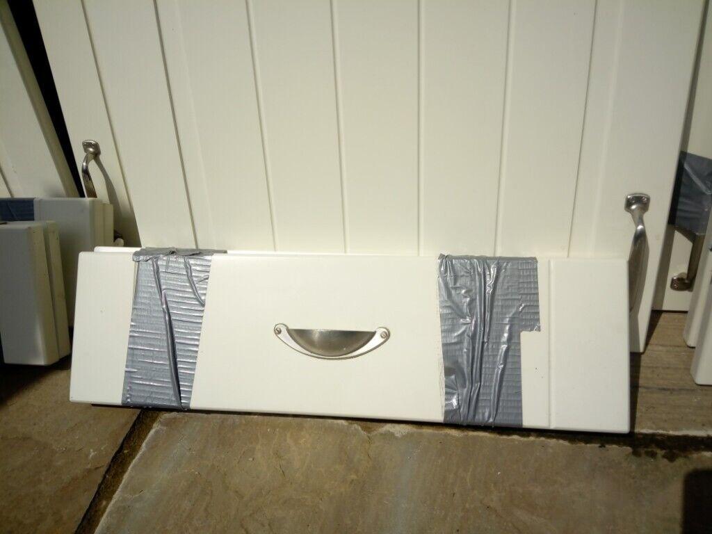 Strange Wickes Kitchen Door And Drawer Fronts Ivory Matt In Eastleigh Hampshire Gumtree Home Remodeling Inspirations Cosmcuboardxyz