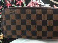 Louis Vuitton purse with double zips
