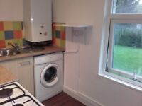 Spacious 1 bed refurbished flat in M18 Debdale Park , £445 pcm, part-furn, self contained, full gch