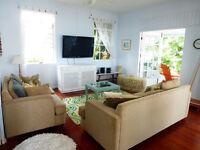 Fantastic 2 bedroom/2 bathroom apartment in beautiful Barbados with aircon and large veranda