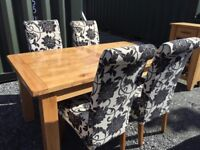 Stylish dining Table and chairs