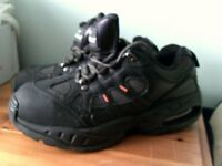 TROJAN J60 AIR BUBBLE SAFETY TRAINER SIZE 6