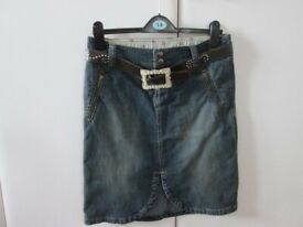 Blue Knee Length Denim Skirt, with pockets at front, and brown faux belt size 12