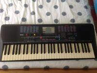 Yamaha PSR220 electric keyboard fopr sale