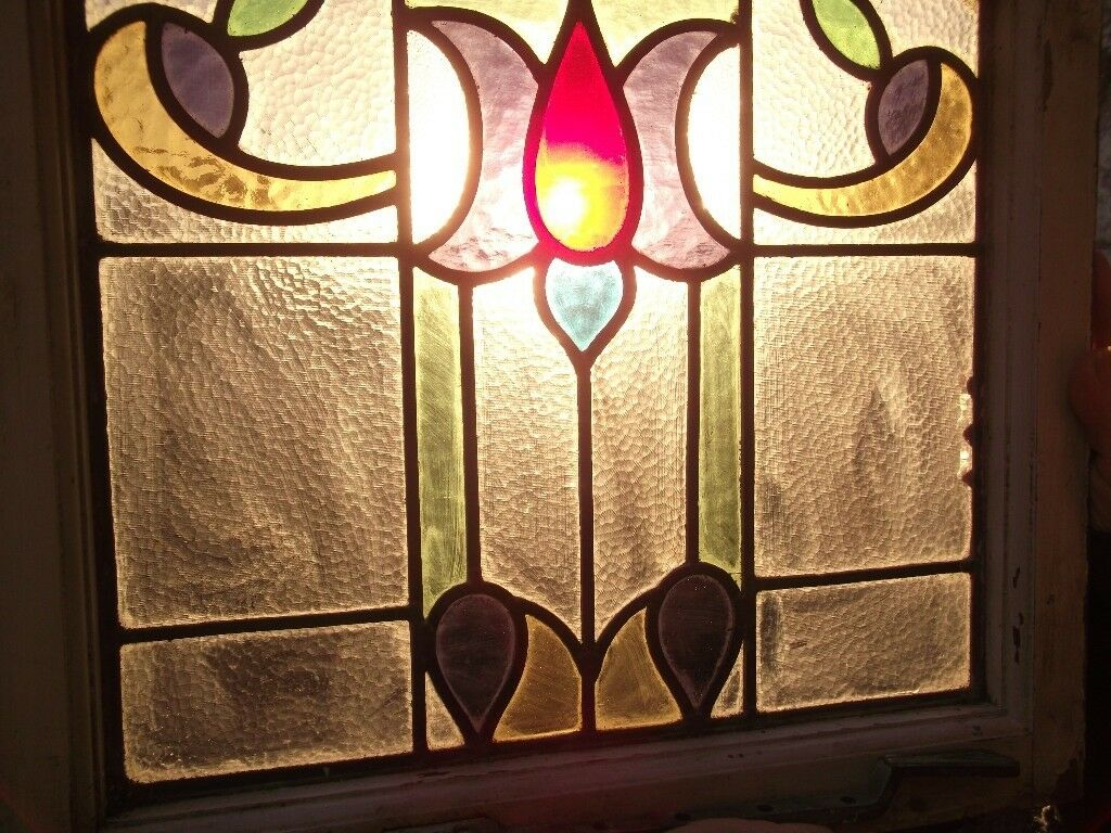 OLD STAINED GLASS LEADED ART NOUVOU / DECO WINDOWS