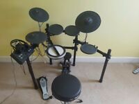 Yamaha DTX522K Electric Drumkit (+ bass drum pedal, drum stool, headphones, and drumsticks)
