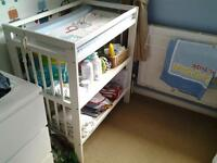 baby cot changer