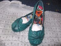 new comfortable shoes, s.35 (3)