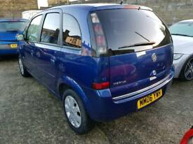 meriva. 12 month mot. 1.4 design. Petrol blue.