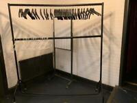 Heavy duty hanging rail