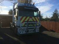 Iveco Stralis tractor unit with hiab