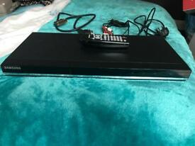 Samsung DVD player ( led screen & touch screen panel)