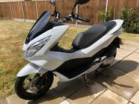 Honda PCX 125cc LOW MILAGE!! HEATED GRIPS!! ALARM SYSTEM