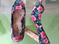 Variety of ladies Shoes