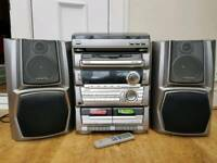 Aiwa Stereo with Turntable